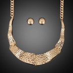 Waved Hammered Collar Necklace and Earrings